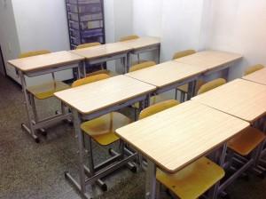 教室全景(前から)